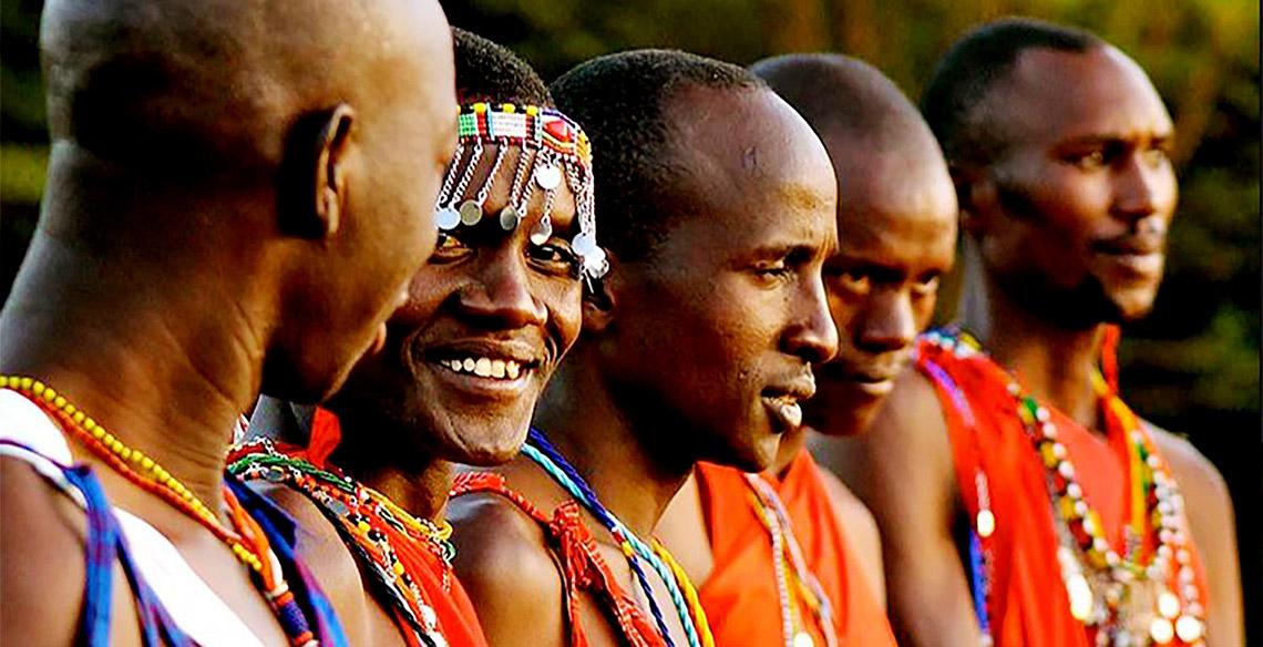 Rực rỡ vòng hạt Maasai -13