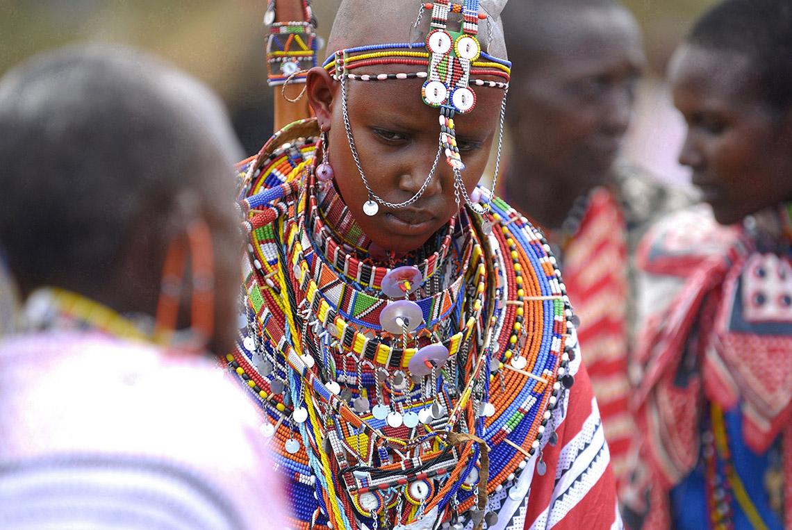 Rực rỡ vòng hạt Maasai -4
