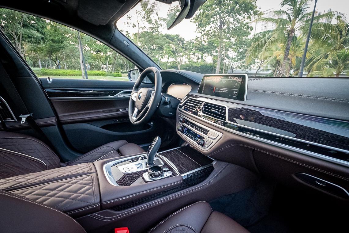 Chiếc sedan đầu bảng BMW Series 7 mới đã có mặt tại Việt Nam - 11
