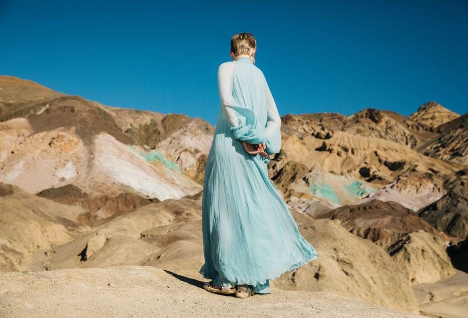 Bộ ảnh thời trang của tạp chí Elle tại Thung lũng chết - 10