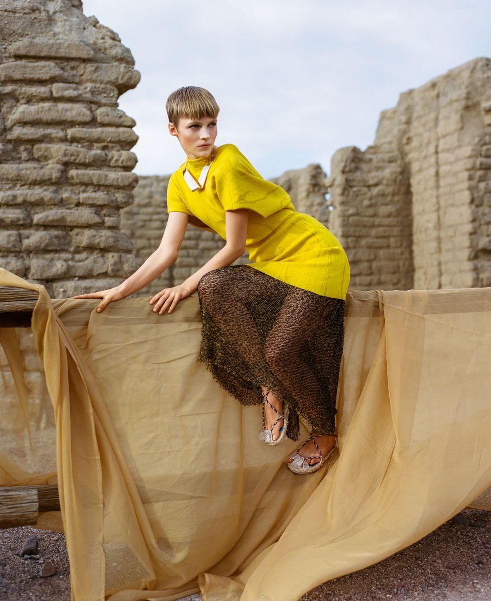 Bộ ảnh thời trang của tạp chí Elle tại Thung lũng chết - 4