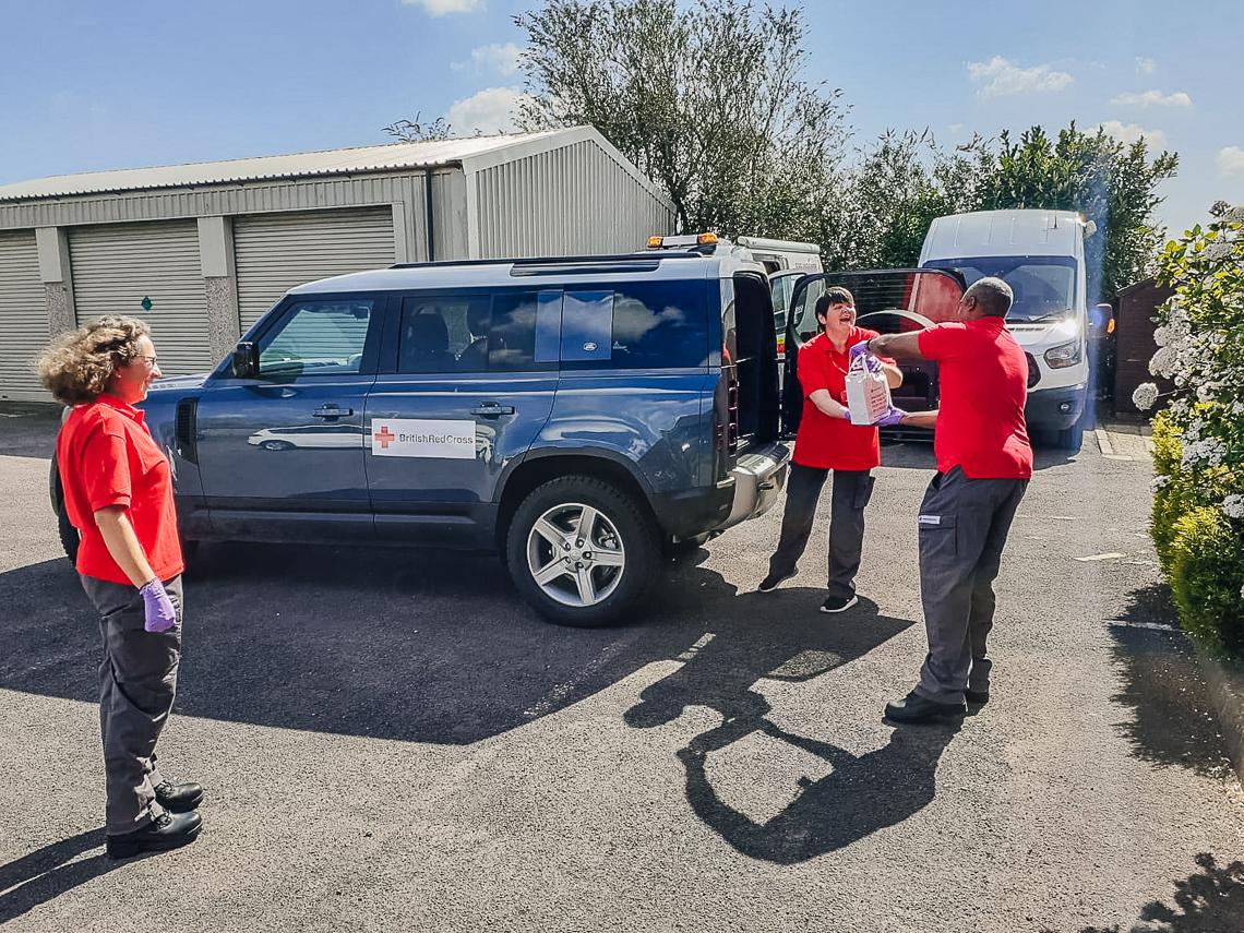 Jaguar và Land Rover góp sức chống dịch Virus Corona - 5
