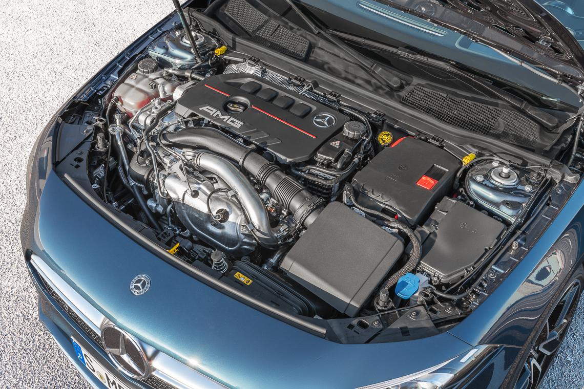 Mercedes-AMG A 35 4MATIC sedan: Phấn khích trọn từng giây - 5