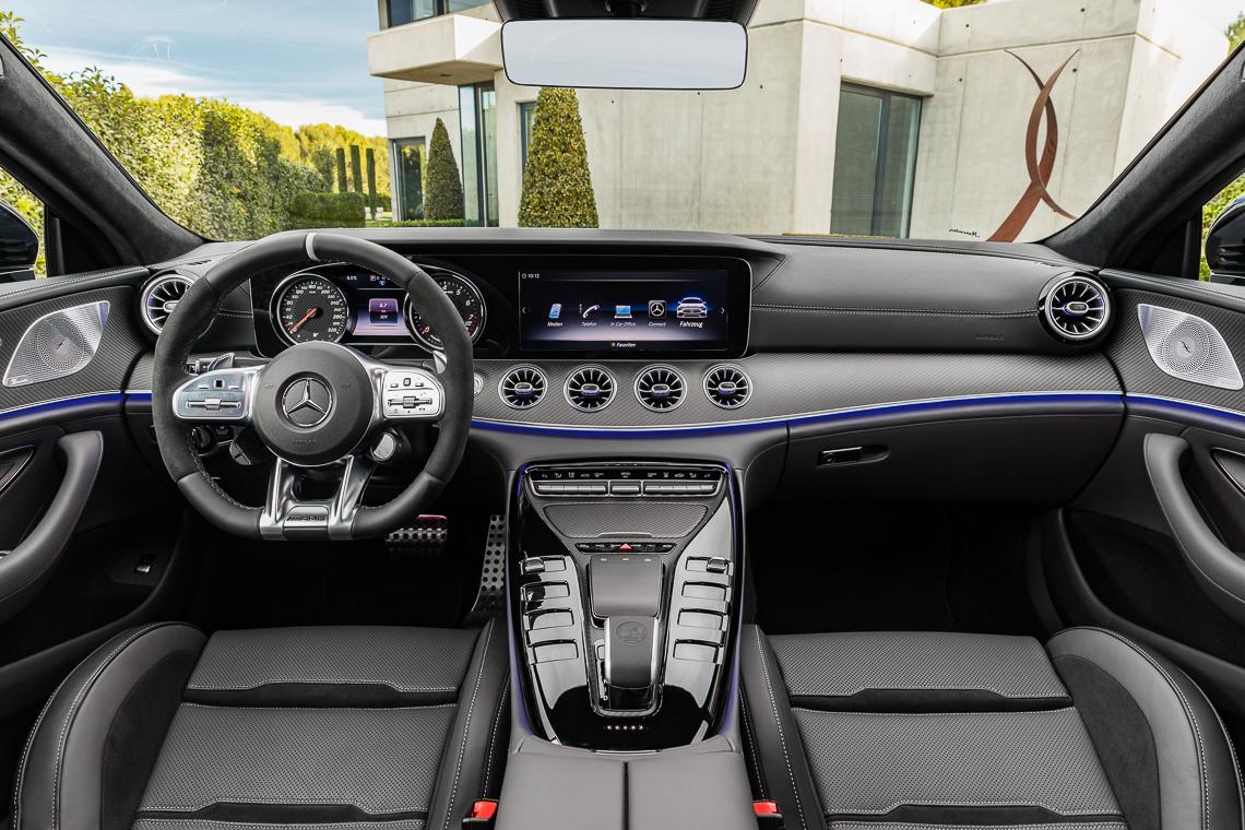 Mercedes-AMG GT 53 4MATIC+ 4 cửa Coupe: Tốc độ có bao giờ gợi cảm đến thế! - 3