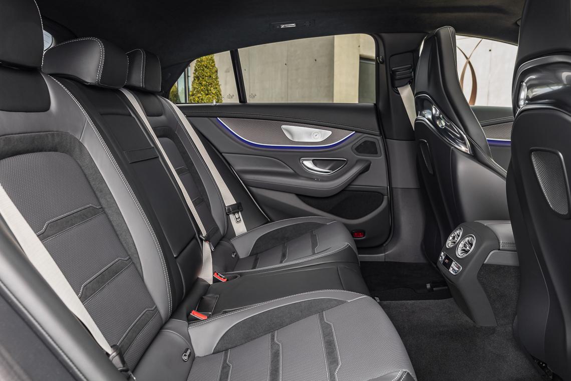 Mercedes-AMG GT 53 4MATIC+ 4 cửa Coupe: Tốc độ có bao giờ gợi cảm đến thế! - 4