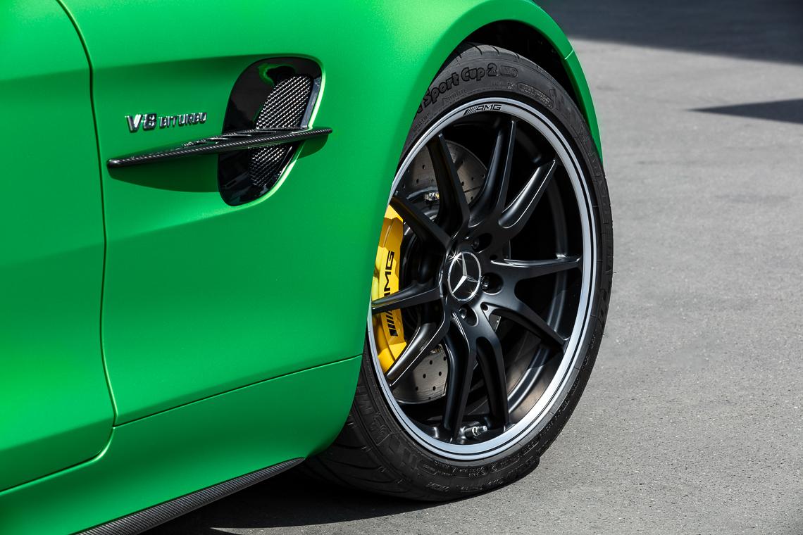 Mercedes-AMG GT R: Hội tụ tinh hoa thể thao tốc độ - 3