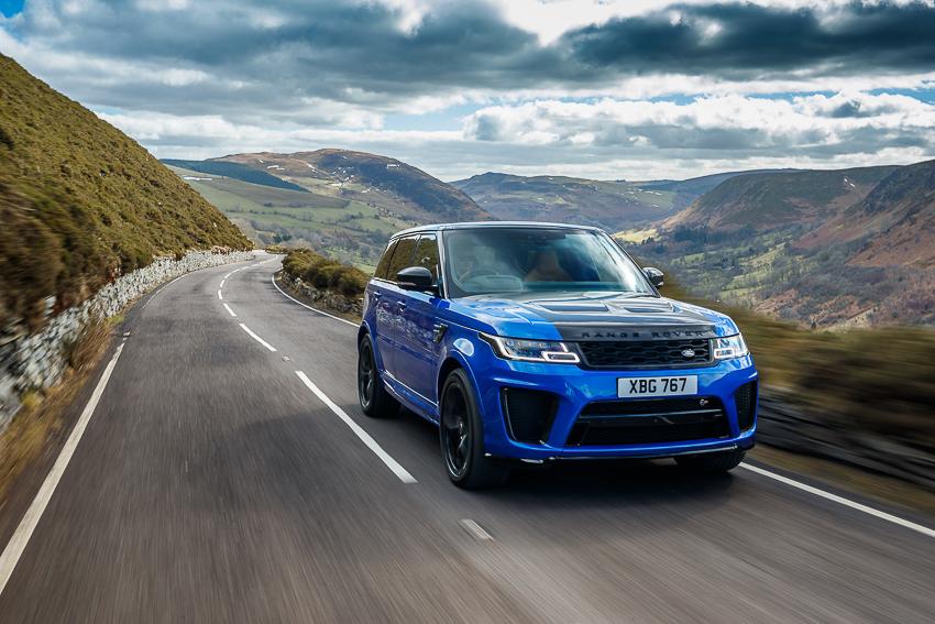 Jaguar Land Rover bán lẻ vượt mốc 9.500 mẫu xe phiên bản đặc biệt hiệu suất cao năm 2019/20 - 4