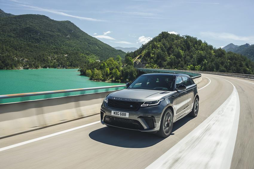 Jaguar Land Rover bán lẻ vượt mốc 9.500 mẫu xe phiên bản đặc biệt hiệu suất cao năm 2019/20 - 6