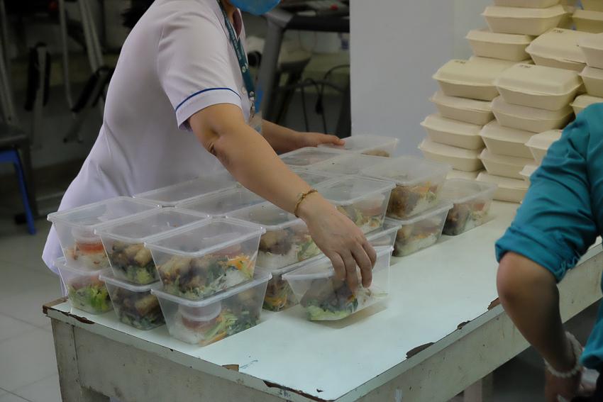 Park Hyatt Saigon tiếp sức đội ngũ y bác sĩ tại bệnh viện Nhiệt đới TP. Hồ Chí Minh - 4