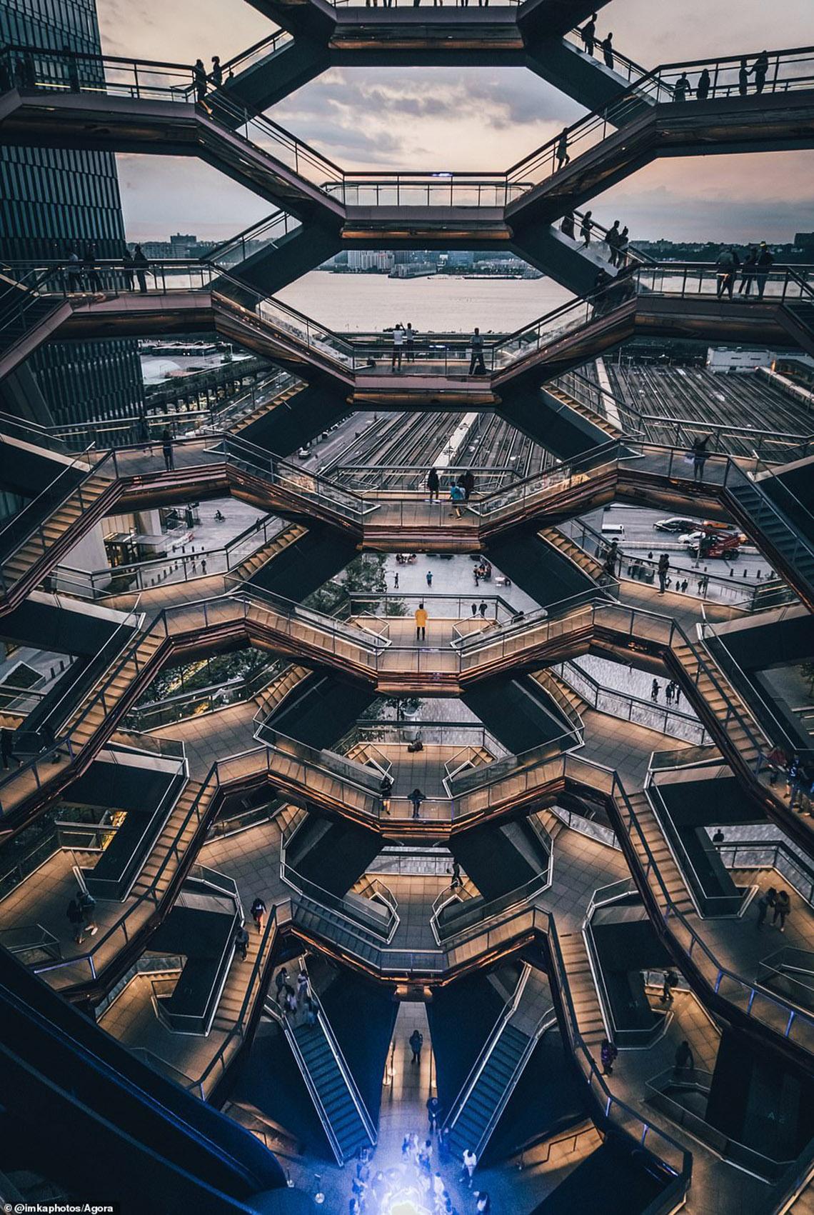 Ảnh Cầu Vàng vượt hơn 10.000 ảnh giành chiến thắng cuộc thi Architecture 2020 -8