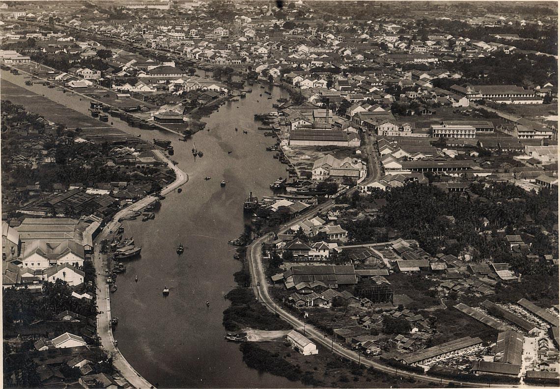 Bộ ảnh phục chế Sài Gòn 100 năm trước gây sốt vì màu xanh cây cối -10