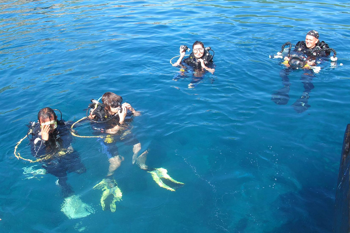 Hè đến rồi, lặn biển ngắm san hô nào! -9