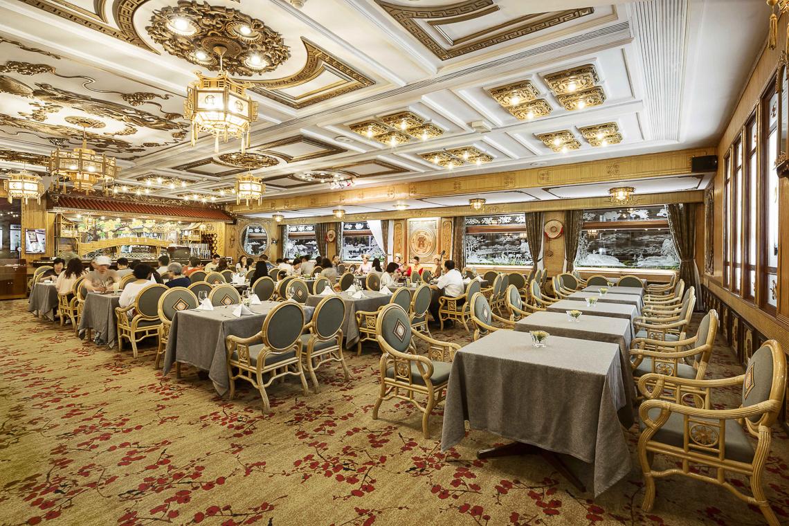 Ưu đãi hàng loạt các dịch vụ cao cấp tại Khách sạn 5 sao Rex Hotel Saigon - 21