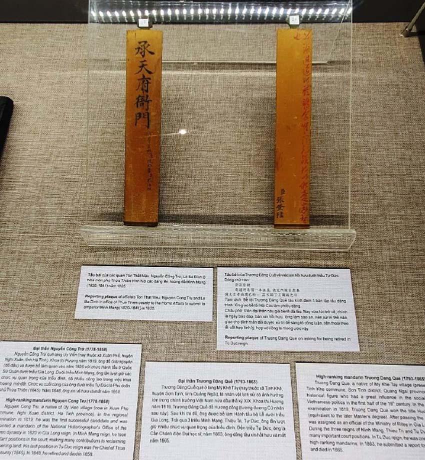 Huế mở triển lãm những hiện vật quý của hoàng đế Gia Long -4
