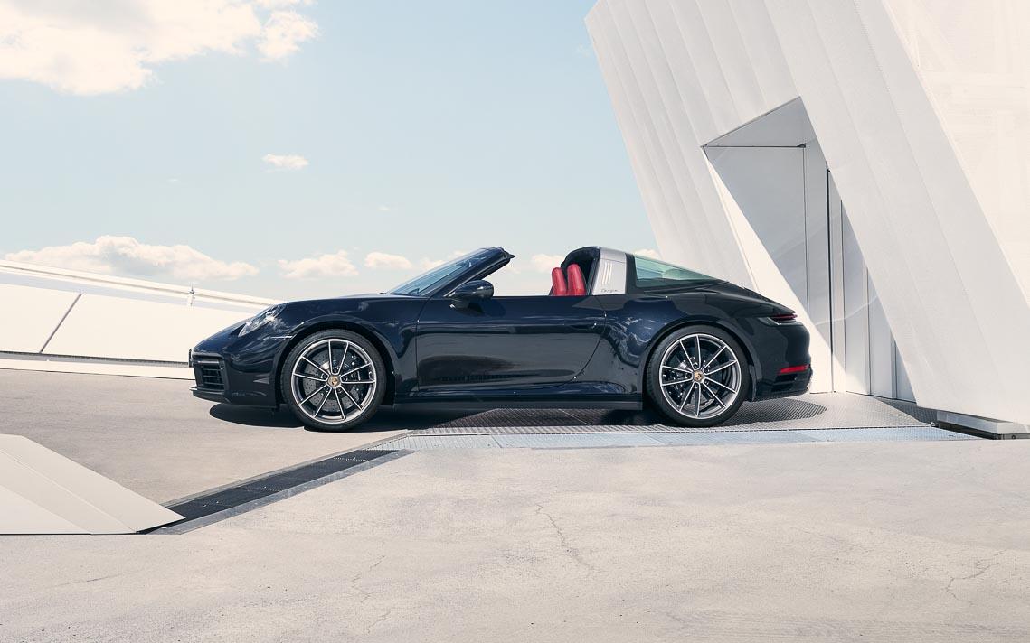 Porsche 911 Targa mới - Biểu tượng phong cách của dòng xe 911 bước vào thế hệ thứ 8 - 8