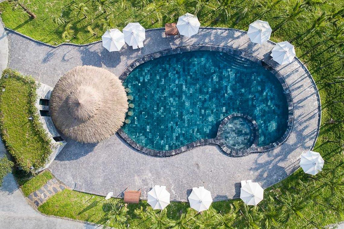 Đắm mình trong những hồ bơi độc đáo của Fusion mùa hè này - 2