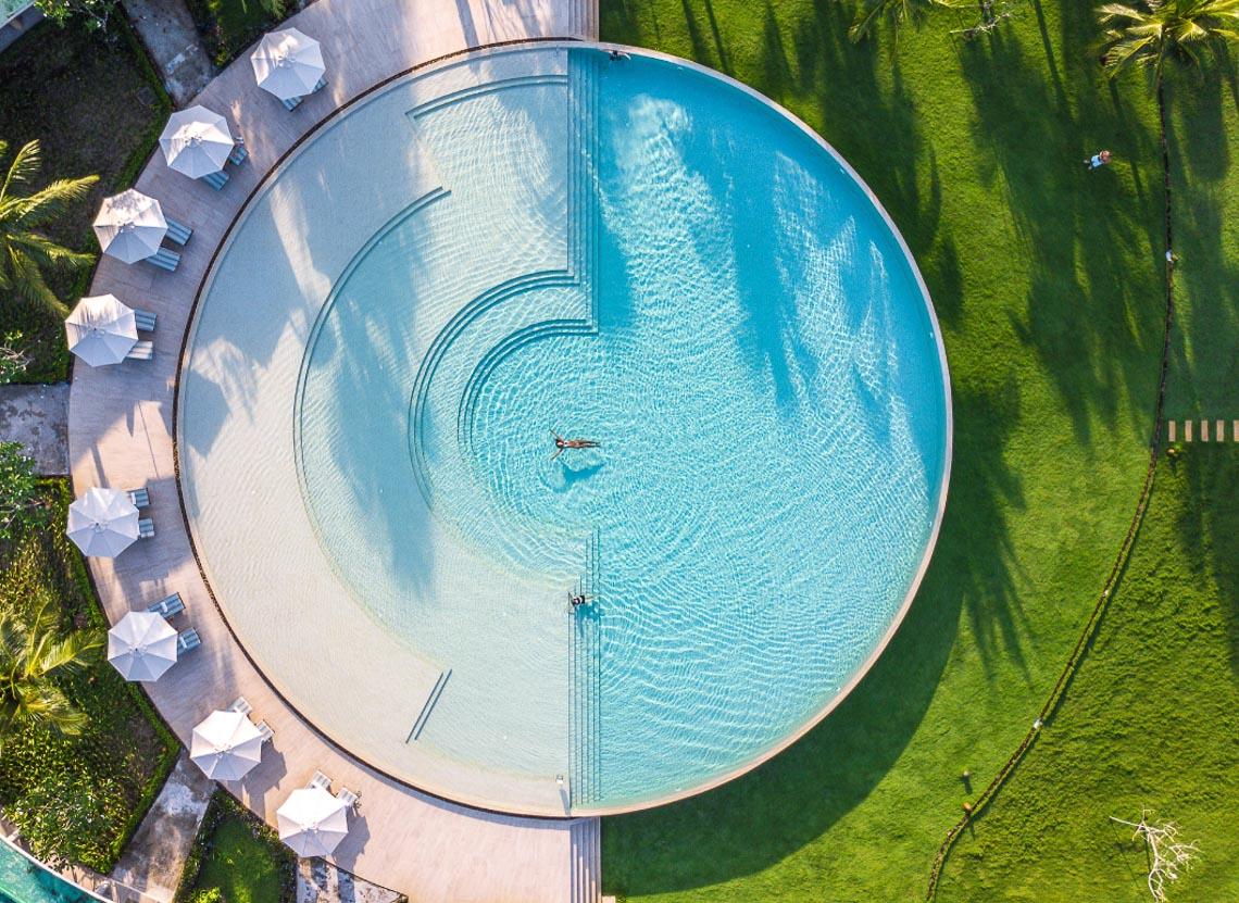 Đắm mình trong những hồ bơi độc đáo của Fusion mùa hè này - 4