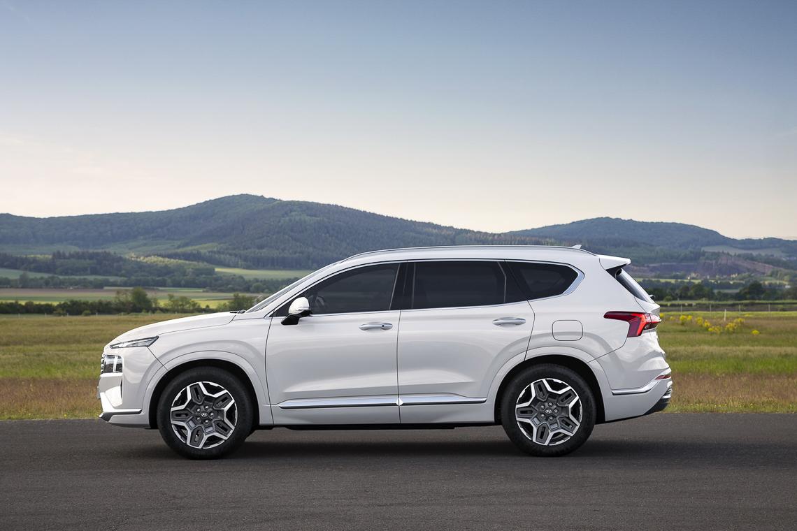 Hyundai Santa Fe 2021 ra mắt chính thức, thay đổi ngoại hình và công nghệ - 12