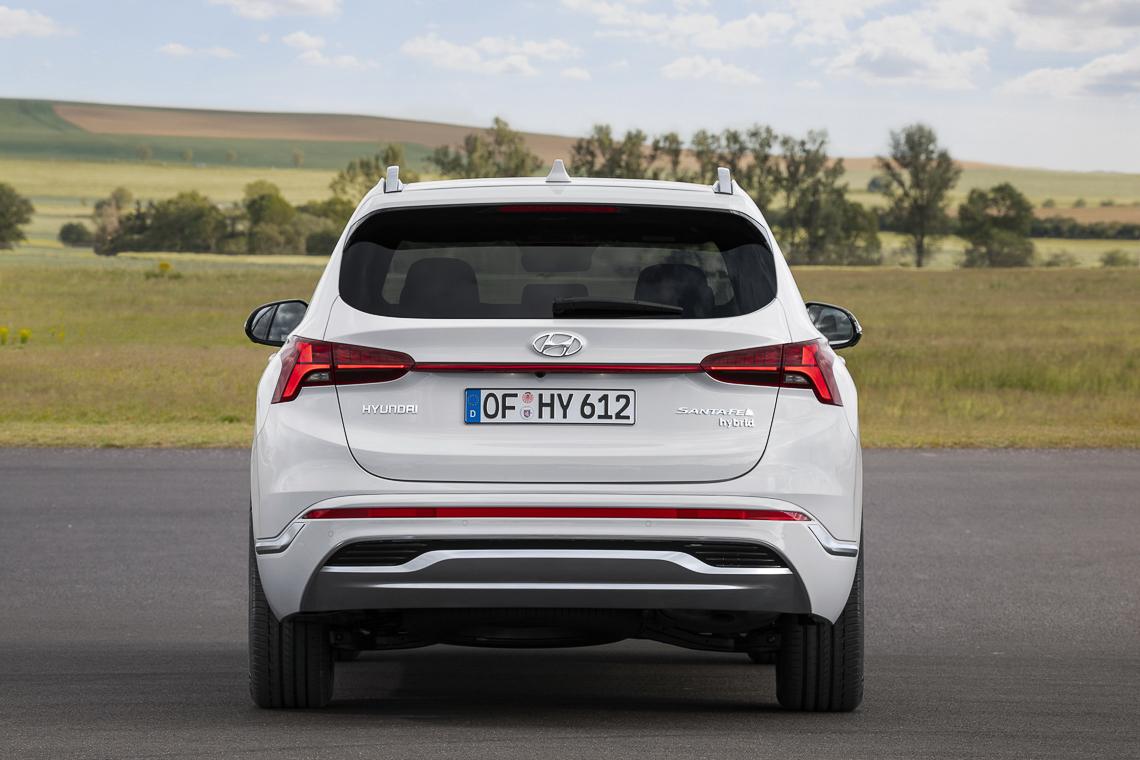 Hyundai Santa Fe 2021 ra mắt chính thức, thay đổi ngoại hình và công nghệ - 8