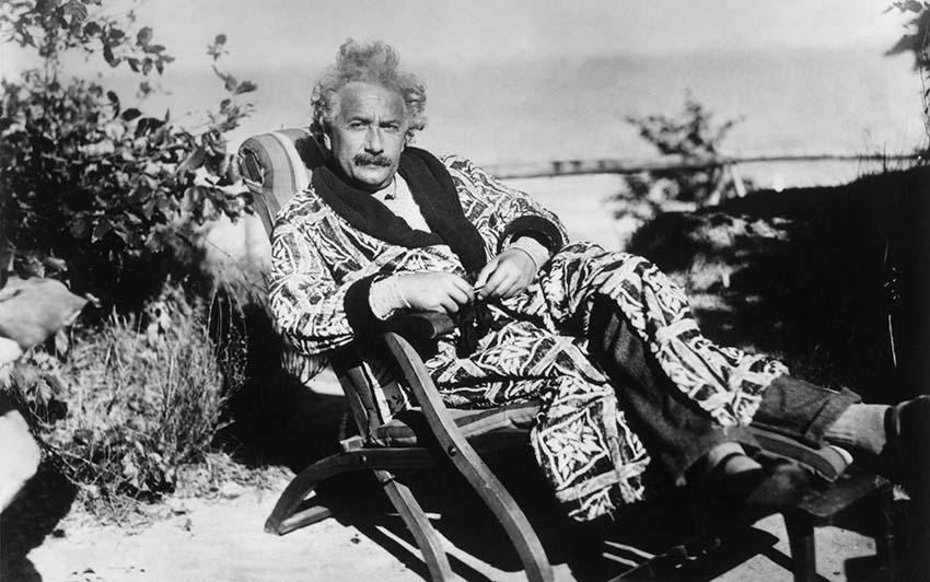 Bí mật sự cuốn hút vượt thời đại của Albert Einstein -1