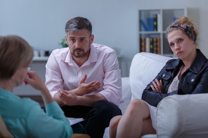 Đối thoại, bí quyết giúp vợ chồng vượt qua khủng hoảng -2