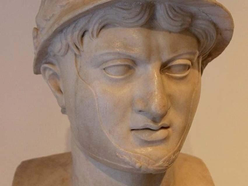 Những cái chết lãng xẹt của các nhân vật nổi tiếng ở Hy Lạp cổ đại -6