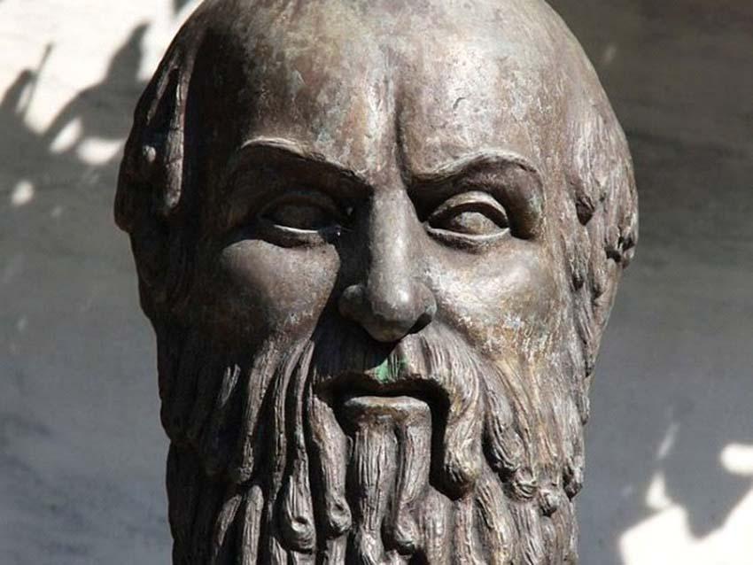 Những cái chết lãng xẹt của các nhân vật nổi tiếng ở Hy Lạp cổ đại -9