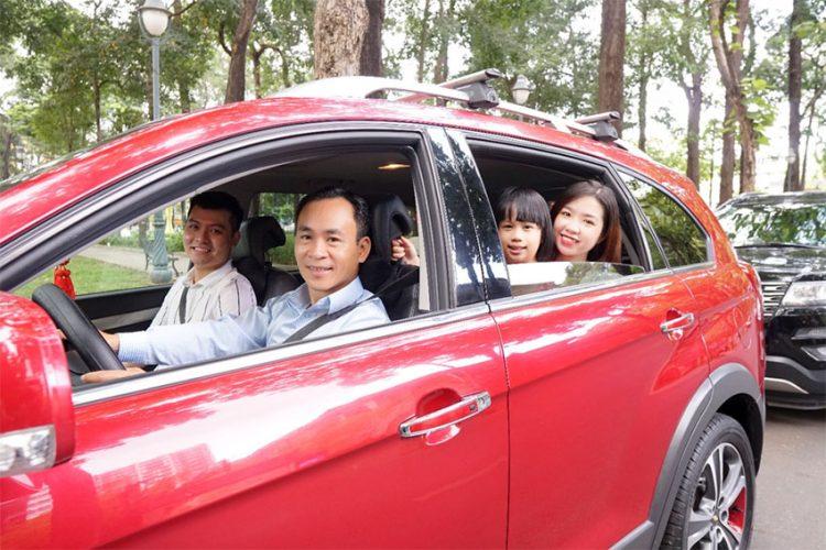 Trải nghiệm xe du lịch riêng với hướng dẫn viên chuyên nghiệp kiêm tài xế - 1