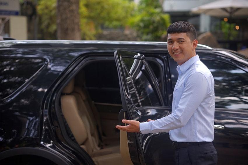 Trải nghiệm xe du lịch riêng với hướng dẫn viên chuyên nghiệp kiêm tài xế - 3