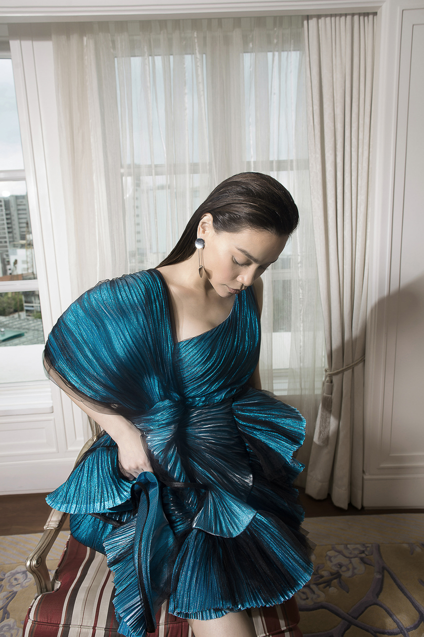 Bộ ảnh thời trang CONG TRI do Hà Hồ và Thanh Hằng lên Vogue Pháp - 7