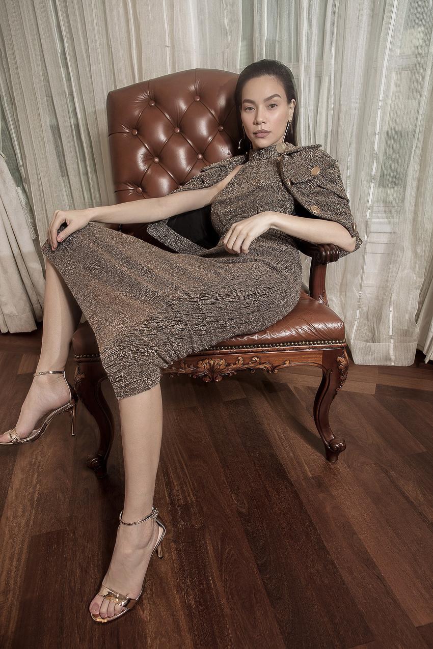 Bộ ảnh thời trang CONG TRI do Hà Hồ và Thanh Hằng lên Vogue Pháp - 3