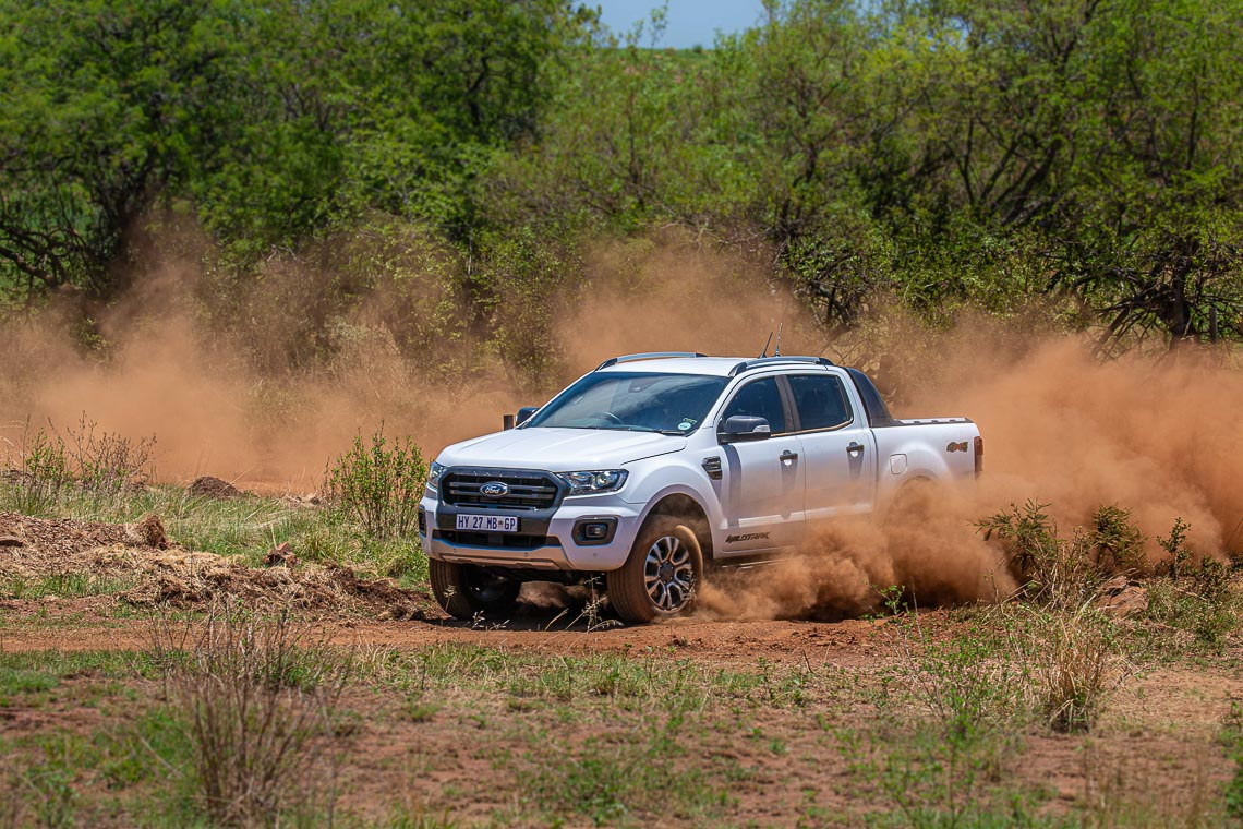 Liệu Bán Tải Ford Ranger Có Thể Thay Thế Xe Gia Đình? - 3