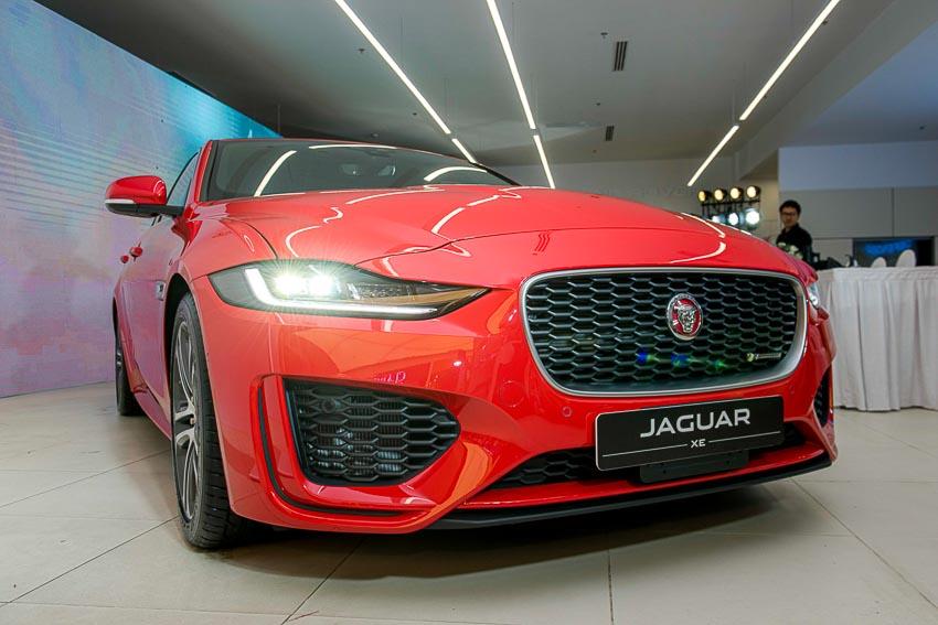 Jaguar Land Rover Việt Nam ra mắt xe Jaguar XE và Land Rover Discovery Sport mới 20