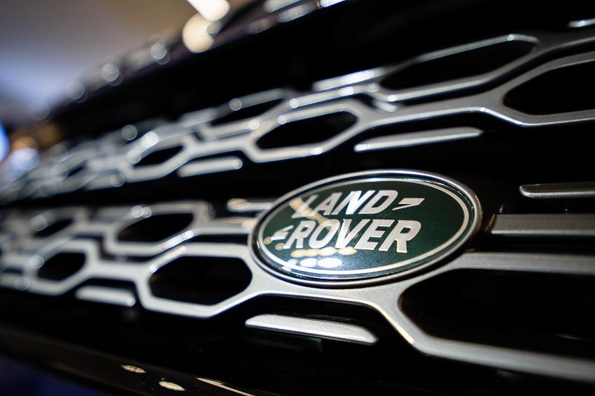Jaguar Land Rover Việt Nam ra mắt xe Jaguar XE và Land Rover Discovery Sport mới - 41