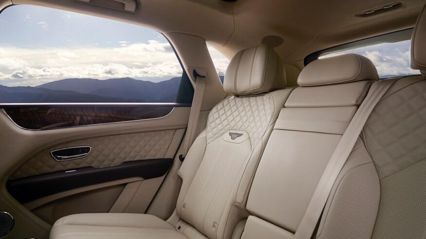 Bentley Bentayga 2021 - nâng cấp thiết kể và công nghệ - 10