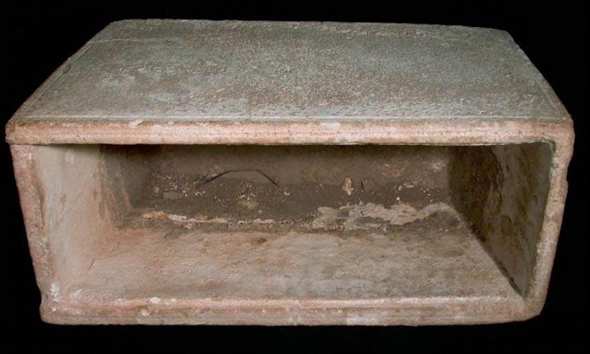 10 bí mật bị chôn vùi trong các hầm mộ -10