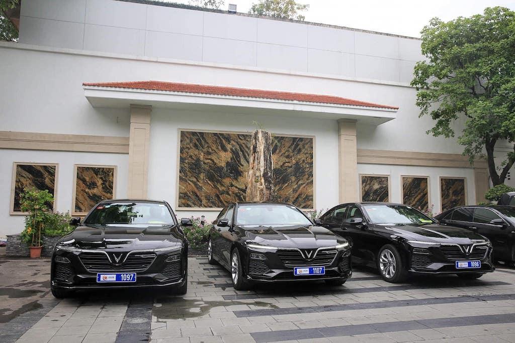 Dàn xe VinFast Lux A 2.0 phục vụ Hội nghị cấp cao ASEAN - 7
