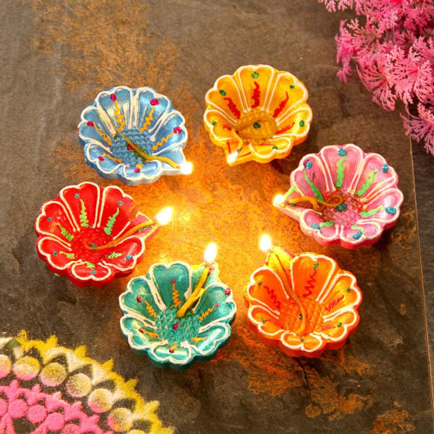 Đặc sắc những chiếc đèn đất nung Diya -13
