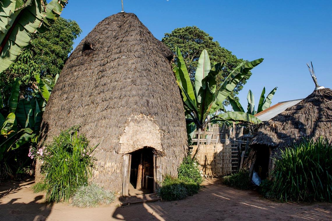 Giản dị mà bền vững lều dân gian châu Phi -5