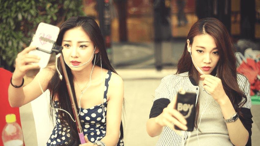 Đằng sau ước mơ trở thành ngôi sao mạng xã hội ở Trung Quốc -11