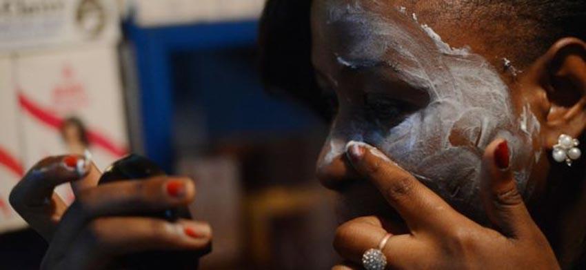Để giữ da trắng hàng triệu phụ nữ đang dùng kem độc hại - 7