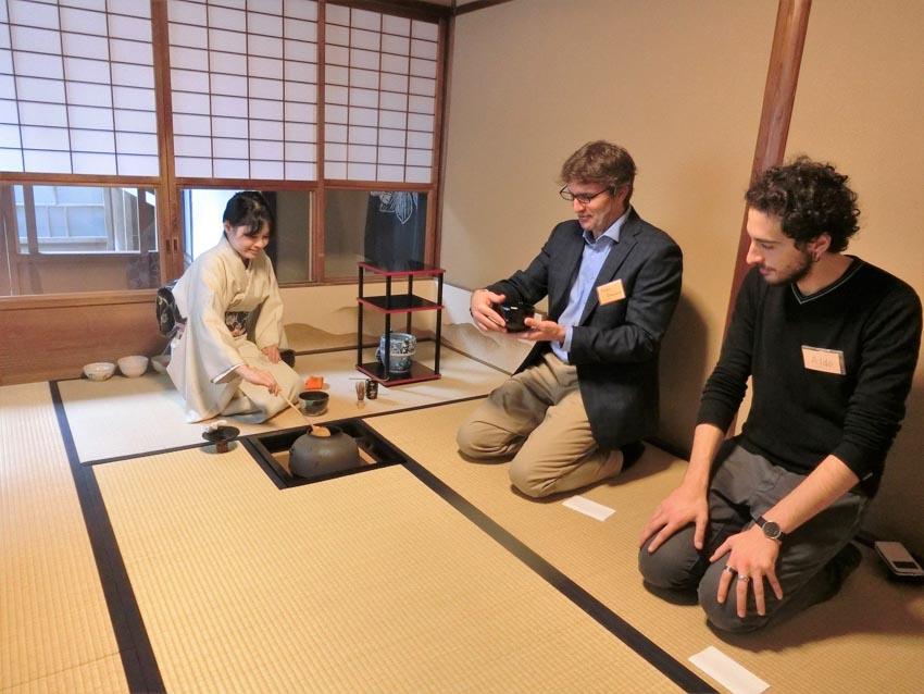 Hiện đại hóa nghệ thuật uống trà ở Nhật Bản -9