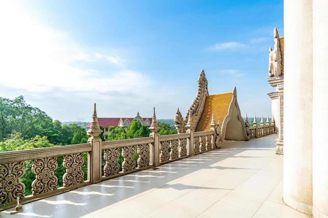 Nét kiến trúc theo phong cách Thái Lan của ngôi chùa trong Top đẹp nhất thế giới -12