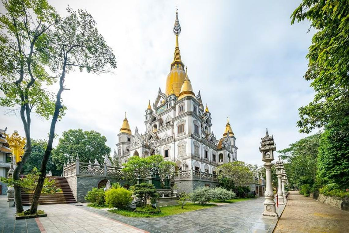 Nét kiến trúc theo phong cách Thái Lan của ngôi chùa trong Top đẹp nhất thế giới -13