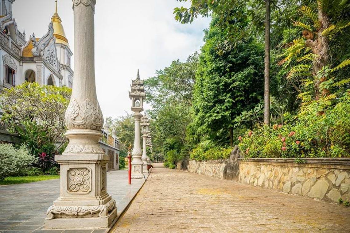 Nét kiến trúc theo phong cách Thái Lan của ngôi chùa trong Top đẹp nhất thế giới -14