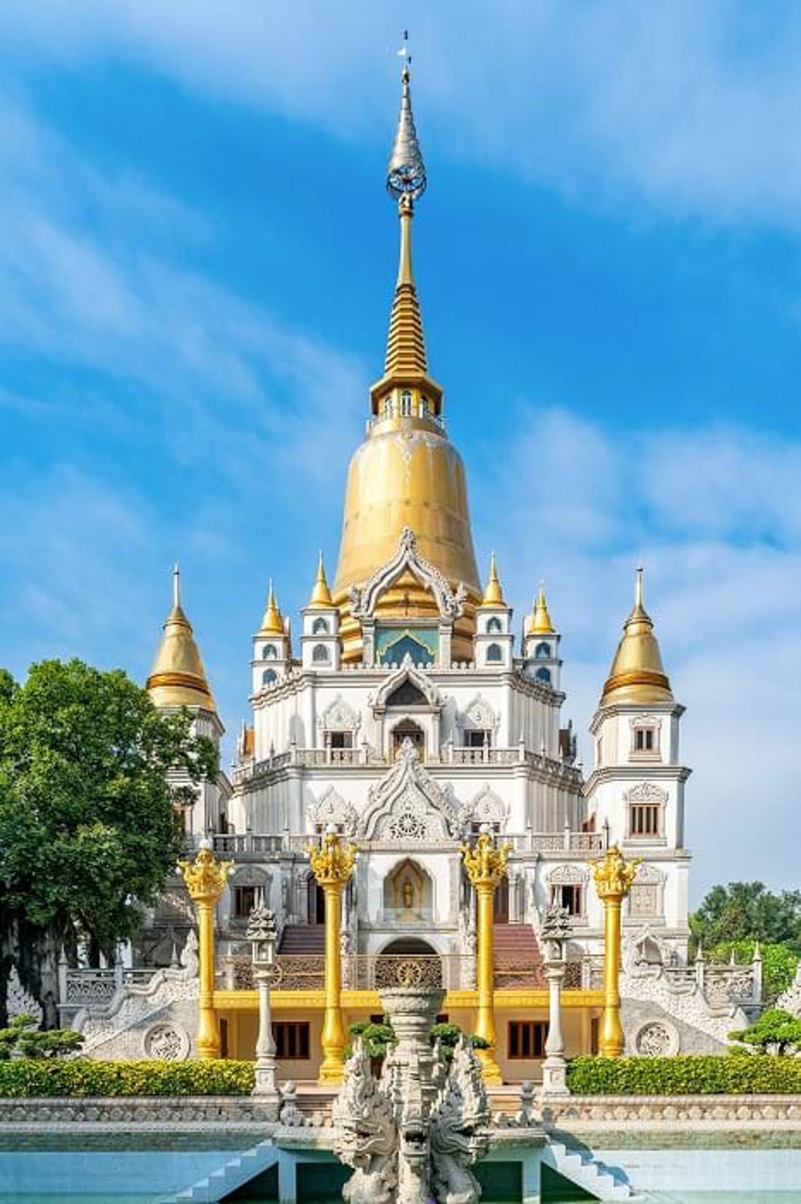 Nét kiến trúc theo phong cách Thái Lan của ngôi chùa trong Top đẹp nhất thế giới -16