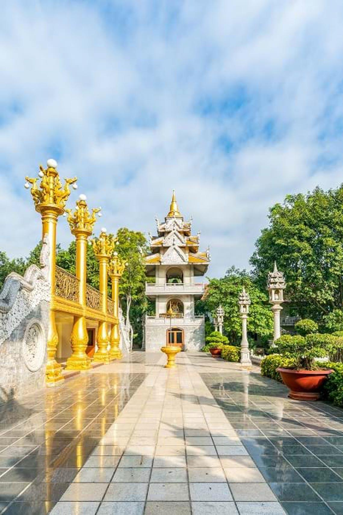Nét kiến trúc theo phong cách Thái Lan của ngôi chùa trong Top đẹp nhất thế giới -17