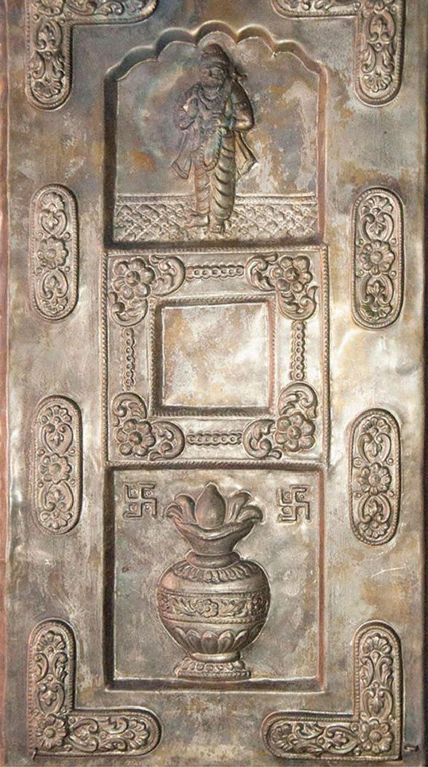 Nghệ thuật chạm rập nổi kim loại của Ấn Độ -12