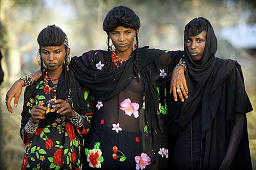 Nơi phụ nữ được quyền lấy nhiều chồng -6