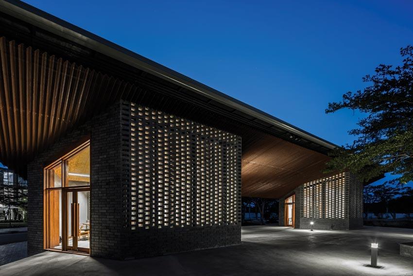 Pavilion Can Gio Ho Chi Minh - Tòa nhà hình cánh chim -24